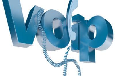 Skype ermöglicht kostenloses Telefonieren im Internet.