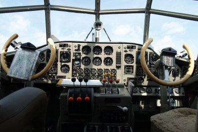 Fliegen ohne navigieren ist Blindflug.