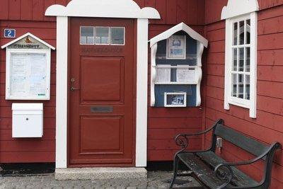 Der Türstock kann ein Haus verzieren.