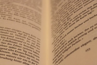 Buchreferate können interessante Einblicke bieten.