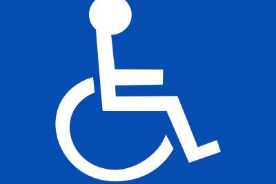 Ein Behindertenausweis ist manchmal hilfreich.