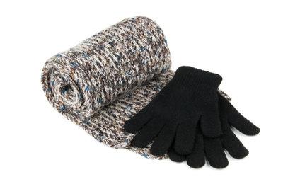 So einfach stricken Sie einen Schal.