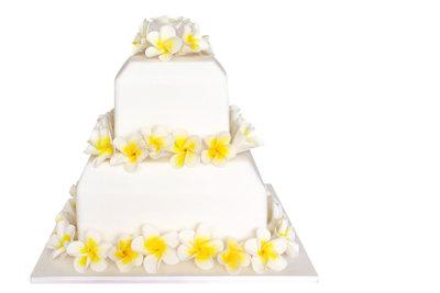 Auch Hochzeitstorten lassen sich verschicken