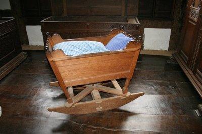 Die Wiege - Alternative zum Kinderbett