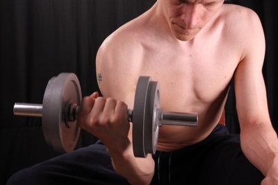 Muskeln wachsen durch effektives Training.