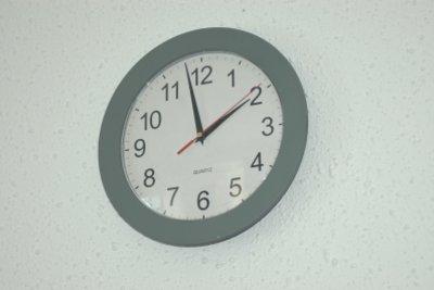 Kinder sollten die Uhr lesen können.