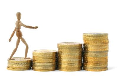 Der Bruttostundenlohn wird durchschnittlich berechnet.