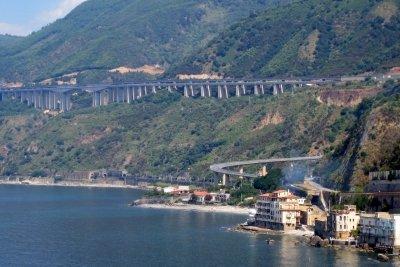 Mautpflichtige Autobahn in Kalabrien