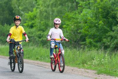 Beim Fahrradfahren ist Vorsicht geboten.
