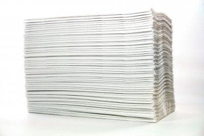 Selbst Papierservietten wirken mit Serviettenring edel.