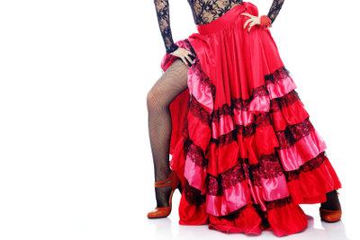 Salsa ist ein lateinamerikanischer Tanz.