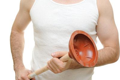Pümpel sind eine Allzweckwaffe gegen Rohrverstopfungen.