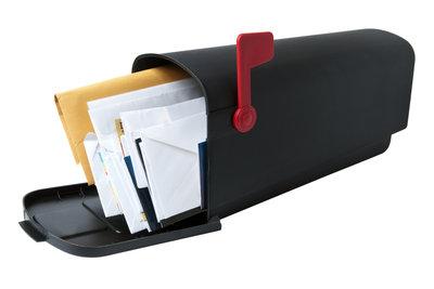 Leeren Sie auch Ihr E-Mail-Postfach.