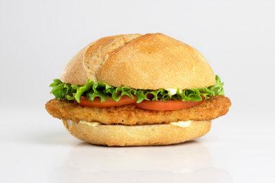 Chickenburger sind schnell frisch zubereitet.