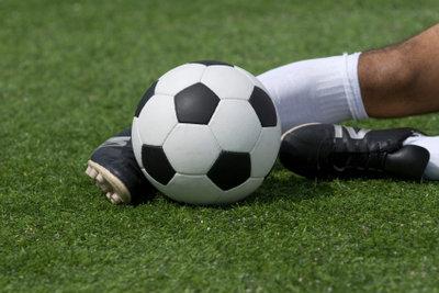 So finden Sie die passenden Fußballschuhe.