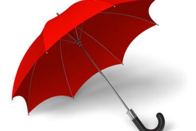 Einen Schirm können Sie individuell bemalen.