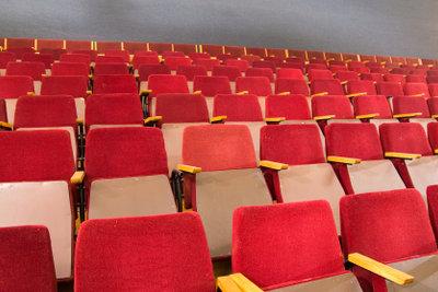 Im 3D Kino richtig sitzen.
