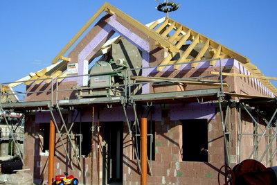 Beim Hausbau braucht's Mörtel und Beton.