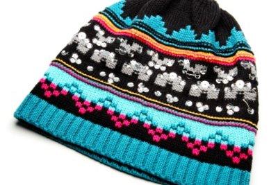 Wolle macht Kleidungsstücke warm und mollig.
