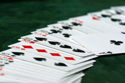 Durak ist ein aufregendes Kartenspiel.