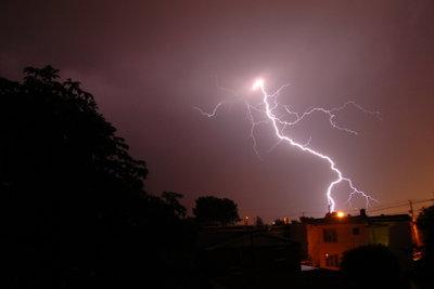 Blitze sind wunderschöne Formationen.