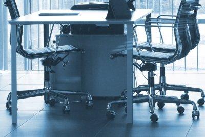 Umwelfaktoren beinflussen das Arbeitsklima maßgeblich.