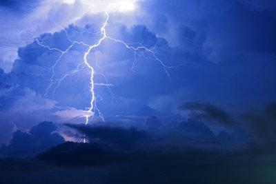 Thunderbolt ist schneller als USB.