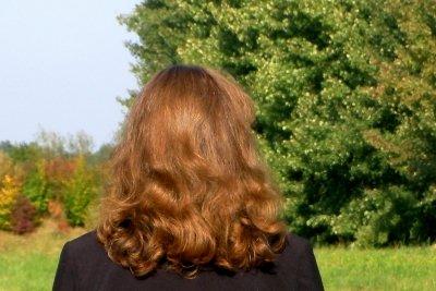 Pflegen Sie Ihre Haare.