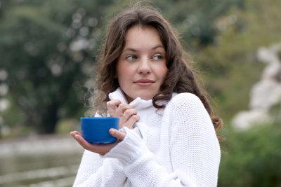 Kaffee mit Zusatz wärmt doppelt.