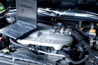 KFZ-Mechatroniker: ein Beruf mit vielen Aufstiegsmöglichkeiten