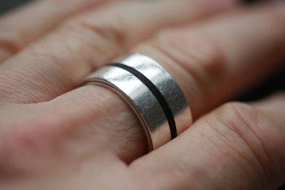 Ringe müssen passen.