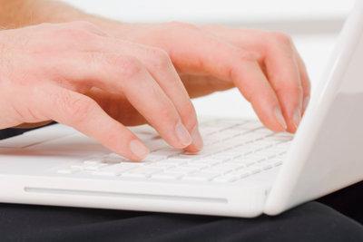 Nervenstörungen führen zum Kribbeln der Hände.