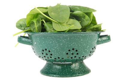 Ist aufgewärmter Spinat gesundheitsschädlich?