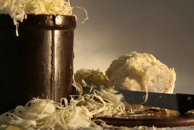 Sauerkrautsaft ist ideal zum Abnehmen.