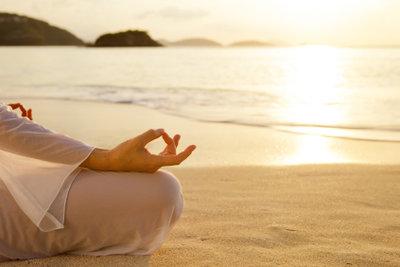 Meditation hilft beim Fasten.