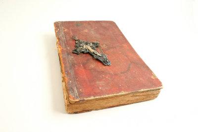Alte Bücher im Original lesen lernen