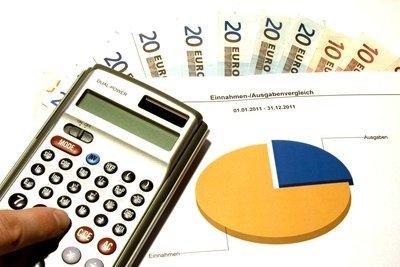 Die Isokostenlinie wird für Kostenberechungen verwendet.