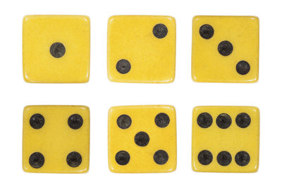 Ein Würfel besteht aus sechs gleichgroßen Quadraten.