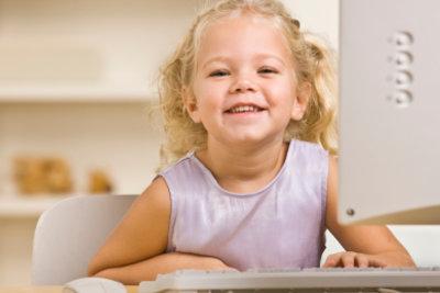Viele Kinder haben einen unsichtbaren Begleiter.