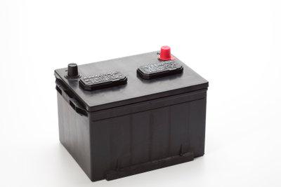 Auf eine Autobatterie gibt es Pfand.