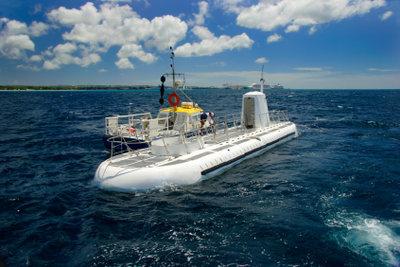 Ein U-Boot zum Spielen bauen.