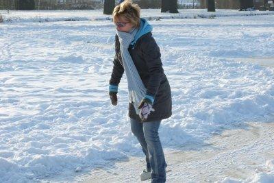 Schlittschuhlaufen hält auch warm.