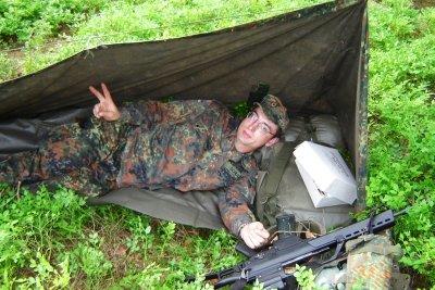 Bundeswehr Soldaten müssen kurze Haare tragen.