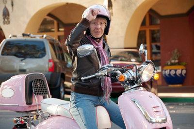 Helmpflicht beim Moped beachten