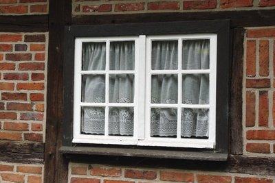Vermeiden Sie beim Fenster eine Kältebrücke.