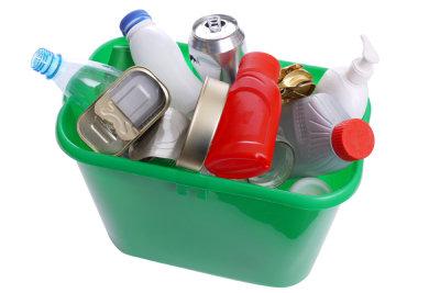 Kunststoffe sammeln und recyceln.