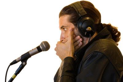Wärmen Sie Ihre Stimme immer auf.