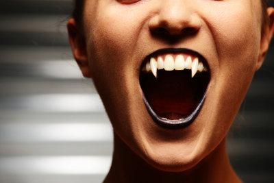Schminktipps für Vampire zu Halloween