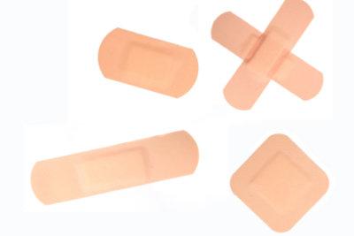 Ein Pflaster kann eine Blase polstern.