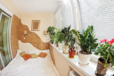 Vorsicht, wenn Pflanzen im Schlafzimmer stehen.